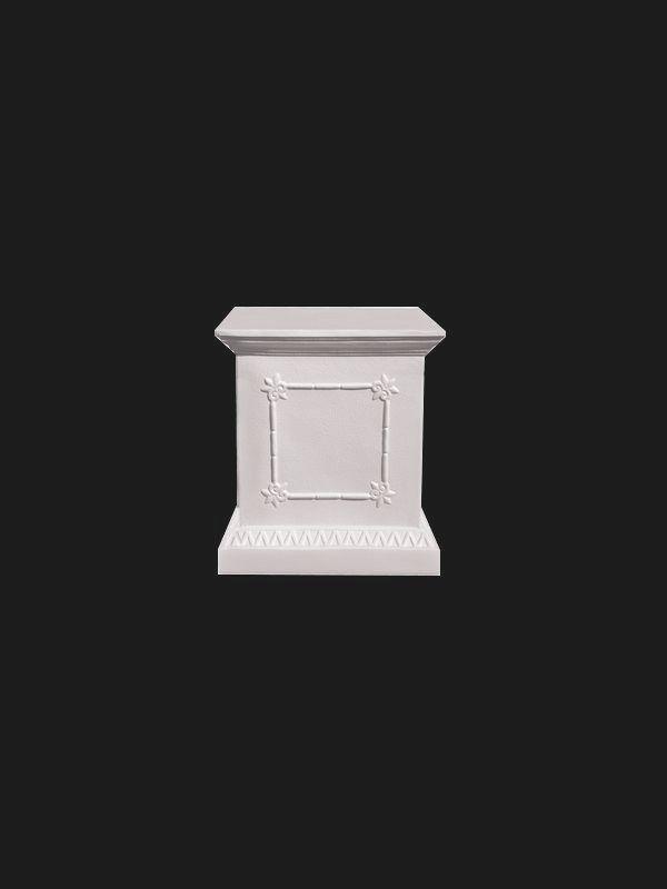 Скульптура из Литьевого мрамора. Тумба 49.