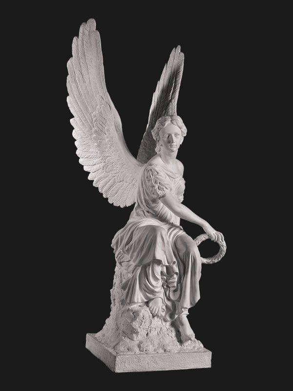 Скульптура из Литьевого мрамора №040 Ангел с венком.
